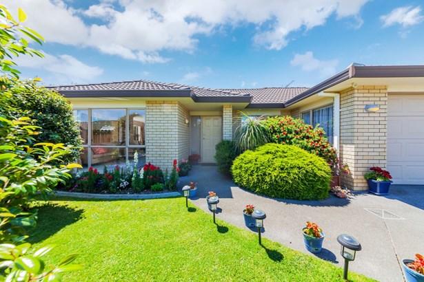 16 Corrofin Drive, Dannemora, Auckland - NZL (photo 1)