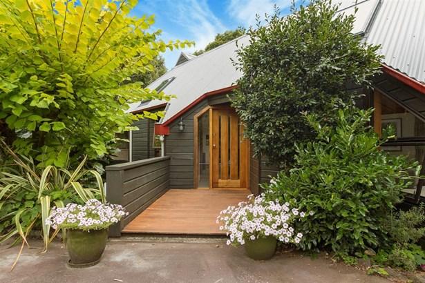 13 Poronui Street, Mt Eden, Auckland - NZL (photo 3)