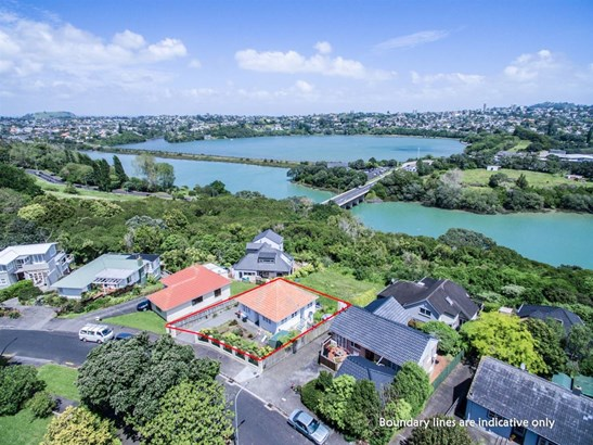 29 Awarua Crescent, Orakei, Auckland - NZL (photo 2)