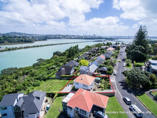 29 Awarua Crescent, Orakei, Auckland - NZL (photo 3)