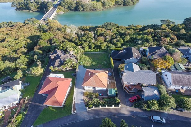 29 Awarua Crescent, Orakei, Auckland - NZL (photo 4)