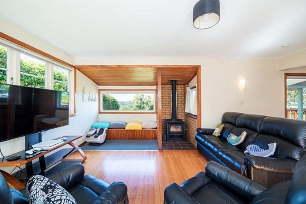 65 Birkdale Road, Birkdale, Auckland - NZL (photo 2)
