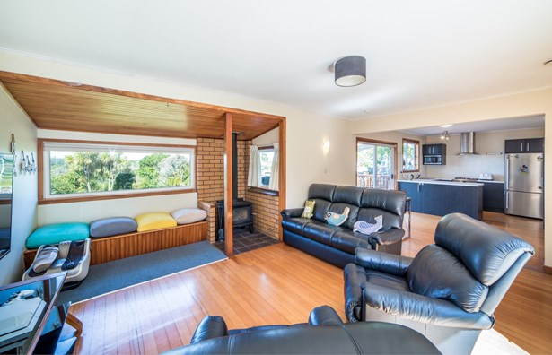 65 Birkdale Road, Birkdale, Auckland - NZL (photo 3)