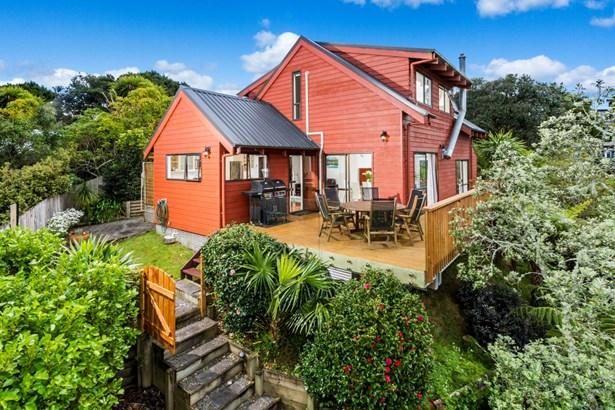 10b Parr Terrace, Castor Bay, Auckland - NZL (photo 3)