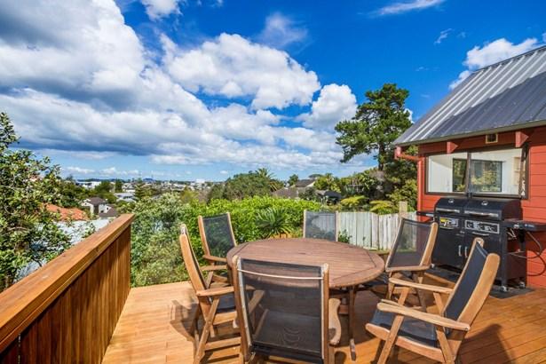 10b Parr Terrace, Castor Bay, Auckland - NZL (photo 5)