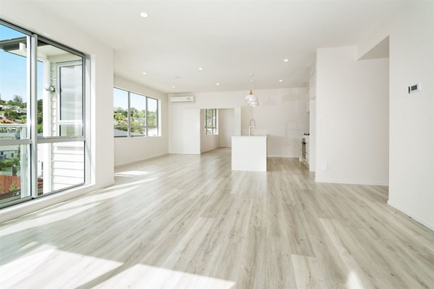 93 Bayside Drive, Browns Bay, Auckland - NZL (photo 4)