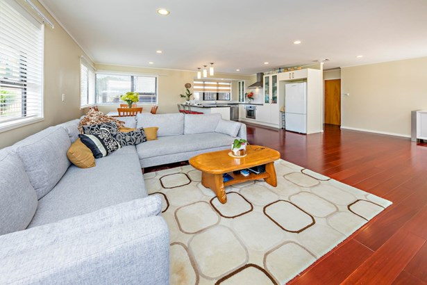 20a Bleakhouse Road, Mellons Bay, Auckland - NZL (photo 4)
