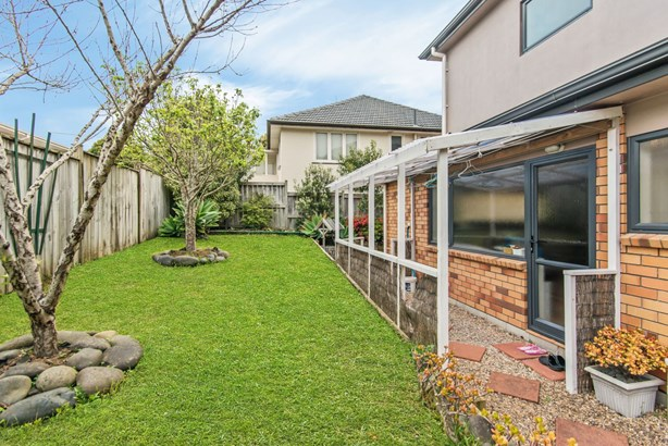 2/3b Stamford Park Road, Mt Roskill, Auckland - NZL (photo 5)