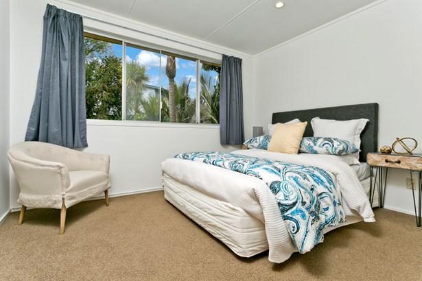 3 Nor'east Drive, Northcross, Auckland - NZL (photo 2)