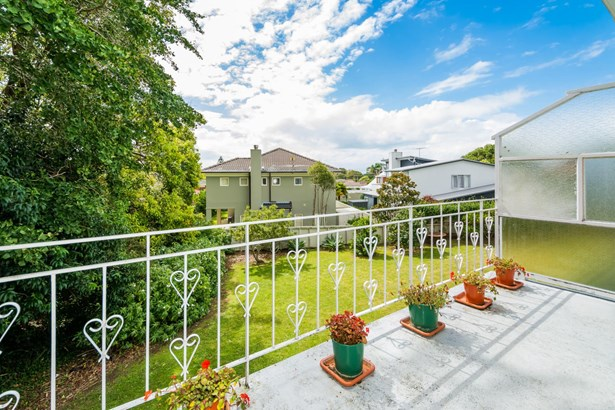 6/133 Shakespeare Road, Milford, Auckland - NZL (photo 4)
