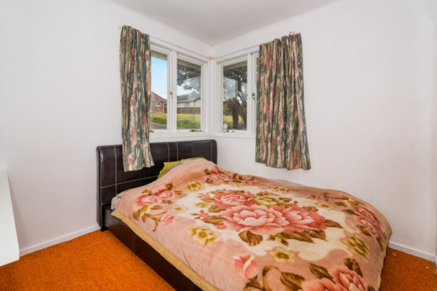 28 Toru Street, Te Atatu Peninsula, Auckland - NZL (photo 4)