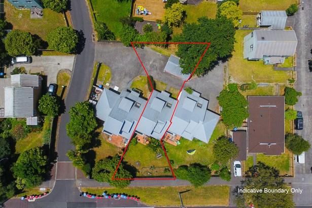 2 Blumhardt Place, Avondale, Auckland - NZL (photo 5)