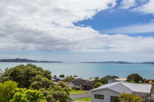 3 Kahurangi Place, Snells Beach, Auckland - NZL (photo 2)