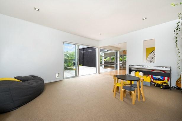 5 Radcliffe Street, Glen Innes, Auckland - NZL (photo 4)