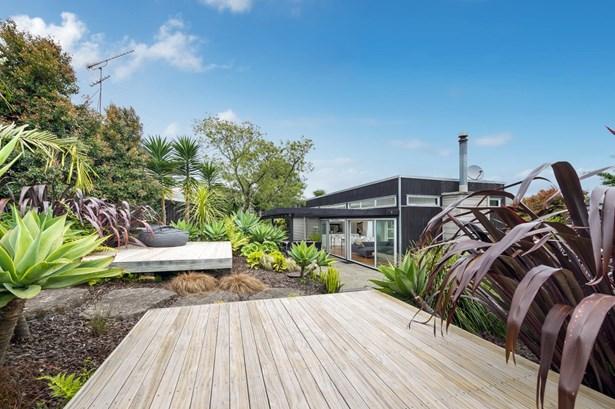 5 Radcliffe Street, Glen Innes, Auckland - NZL (photo 1)