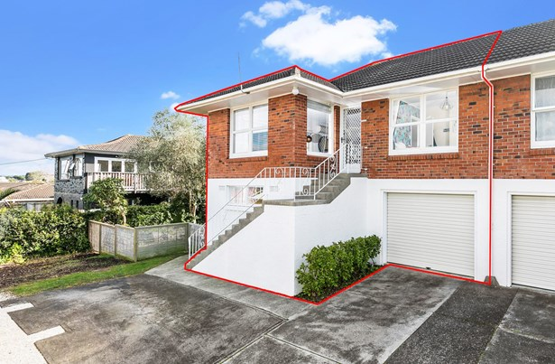1/96 East Coast Road, Forrest Hill, Auckland - NZL (photo 2)