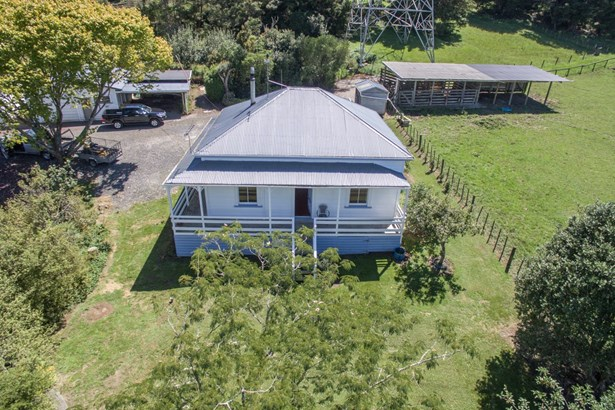 82 Burns Lane, Kumeu, Auckland - NZL (photo 5)
