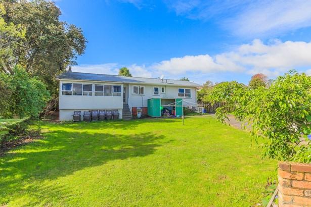 4 Waitaki Street, Henderson, Auckland - NZL (photo 5)