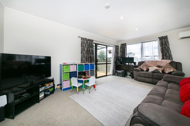 12 Patrice Place, Royal Heights, Auckland - NZL (photo 3)