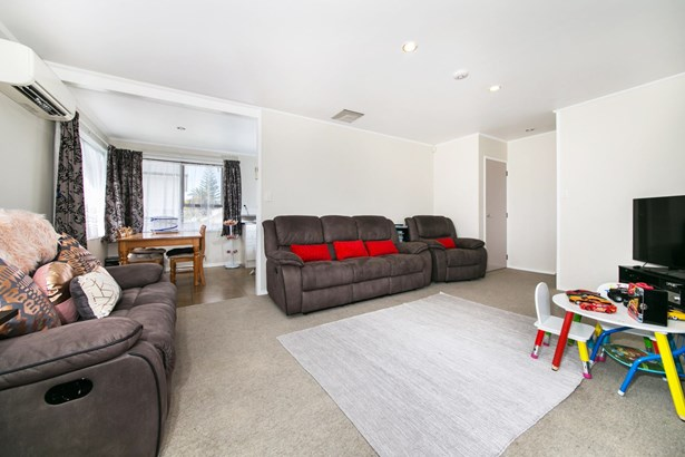 12 Patrice Place, Royal Heights, Auckland - NZL (photo 4)