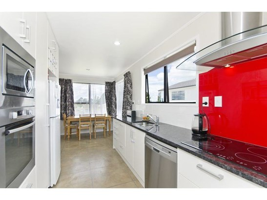 12 Patrice Place, Royal Heights, Auckland - NZL (photo 5)