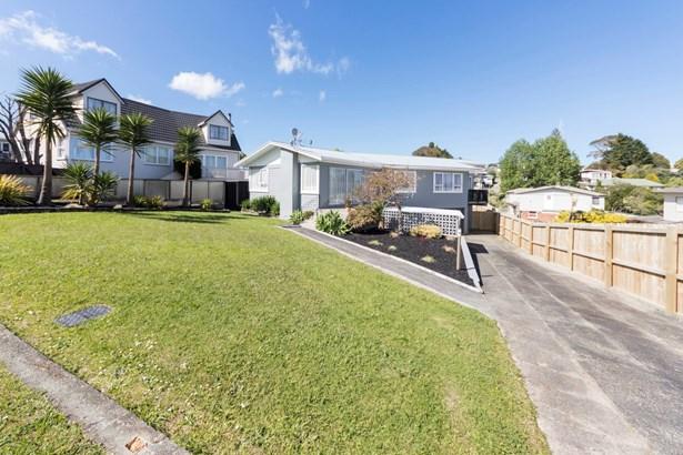 16 Oriana Avenue, Lynfield, Auckland - NZL (photo 3)