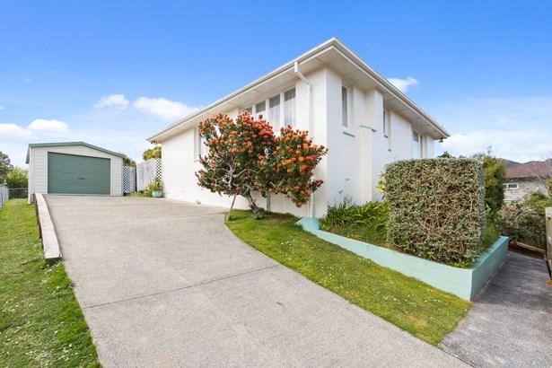 77a Heaphy Street, Blockhouse Bay, Auckland - NZL (photo 4)