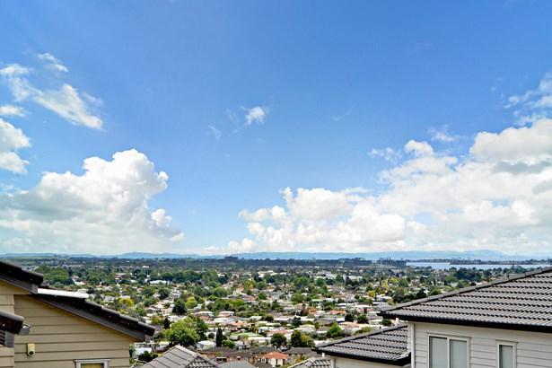 58 Keri Vista Rise, Papakura, Auckland - NZL (photo 2)