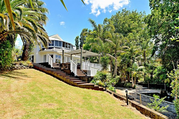 65a Mellons Bay Road, Mellons Bay, Auckland - NZL (photo 5)