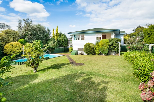 12 Marywil Crescent, Hillcrest, Auckland - NZL (photo 2)