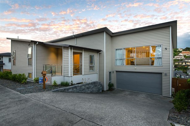 103 Bayside Drive, Browns Bay, Auckland - NZL (photo 2)