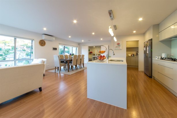 103 Bayside Drive, Browns Bay, Auckland - NZL (photo 3)