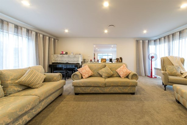 103 Bayside Drive, Browns Bay, Auckland - NZL (photo 4)
