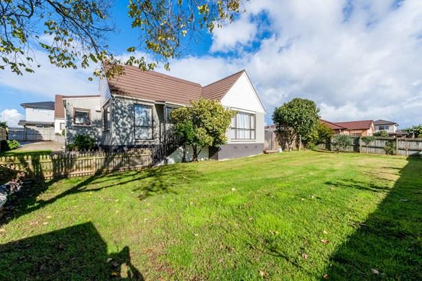 8 Austin Brave Place, Favona, Auckland - NZL (photo 1)