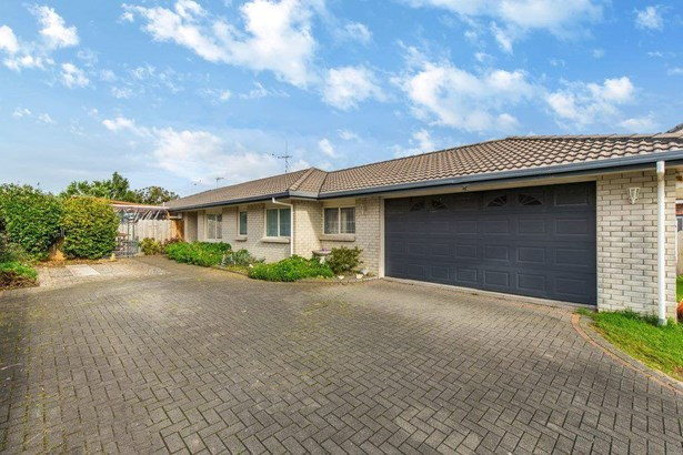 31 Muirfield Street, Wattle Downs, Auckland - NZL (photo 1)