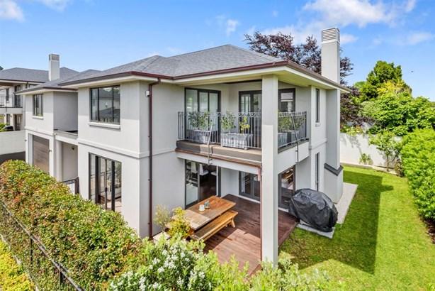 584 Mt Eden Road, Mt Eden, Auckland - NZL (photo 2)