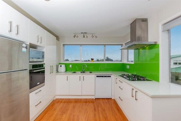 49 Priestley Drive, Bucklands Beach, Auckland - NZL (photo 4)