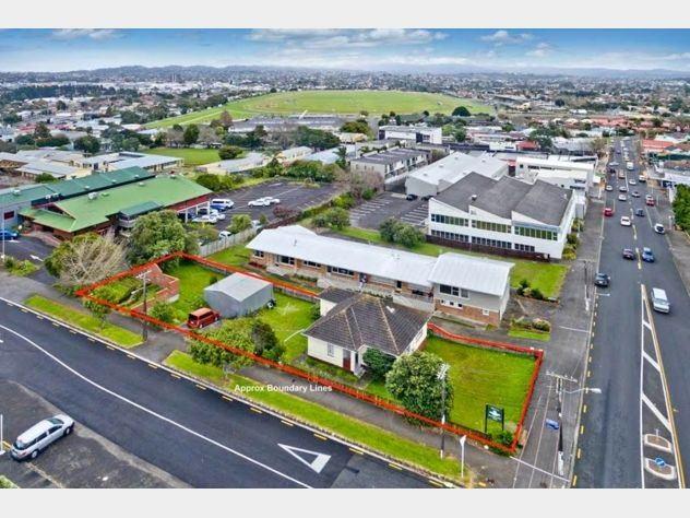 1 Layard Street, Avondale, Auckland - NZL (photo 2)