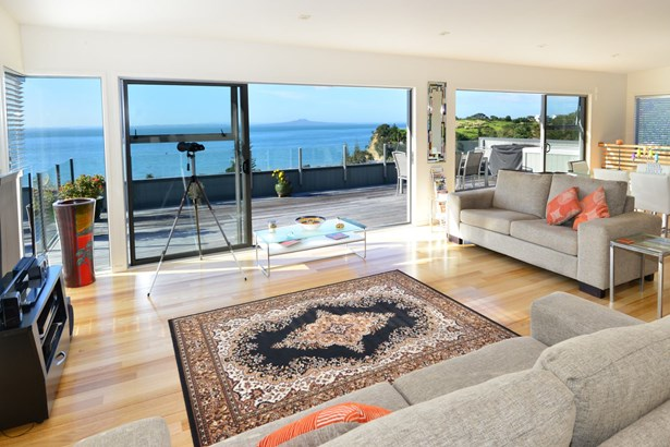 48 Wade River Road, Stanmore Bay, Auckland - NZL (photo 4)
