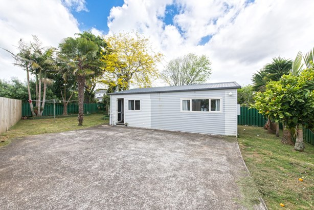 6 Divich Avenue, Te Atatu South, Auckland - NZL (photo 5)