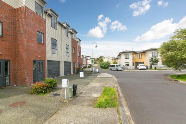 19 Barnea Circle, Glen Eden, Auckland - NZL (photo 2)