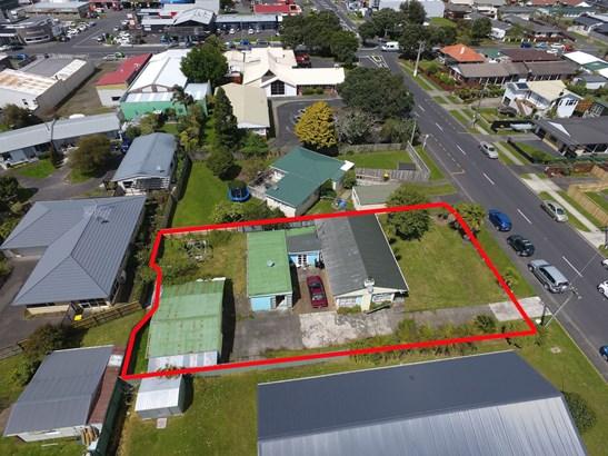 121 Centreway Road, Orewa, Auckland - NZL (photo 2)