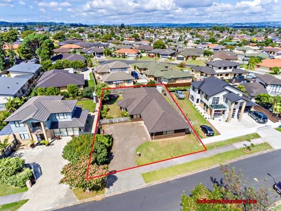 8 Nicholas Gibbons Drive, Manurewa, Auckland - NZL (photo 3)