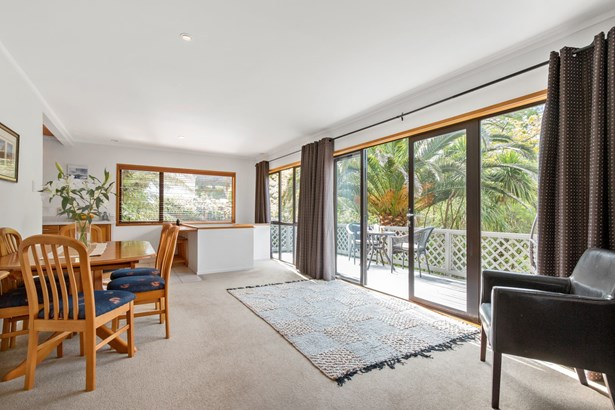 892 Beach Road, Torbay, Auckland - NZL (photo 4)
