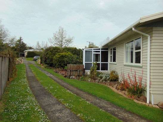 4 Rimu Street, Te Kauwhata, Waikato District - NZL (photo 2)