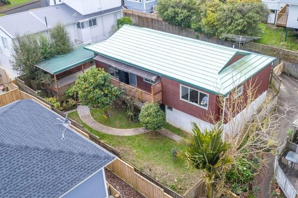 2/4 Gibraltar Street, Howick, Auckland - NZL (photo 1)