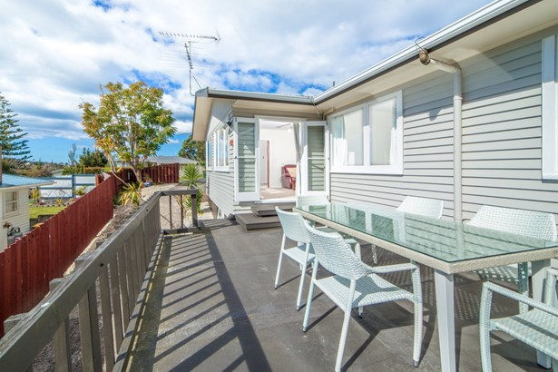 76 Mountbatten Avenue, Hillcrest, Auckland - NZL (photo 1)