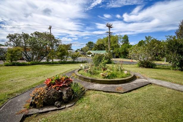 29 Kawakawa-orere Road, Kawakawa Bay, Auckland - NZL (photo 2)