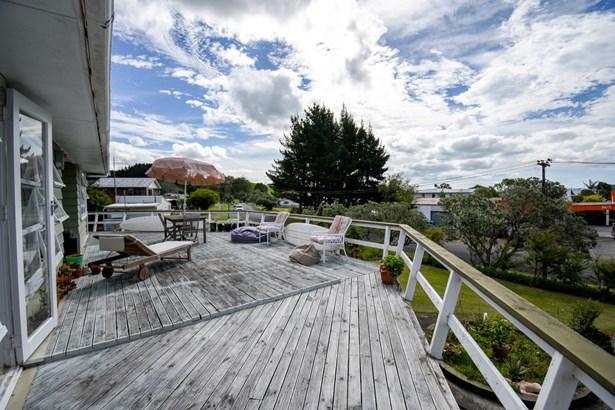 29 Kawakawa-orere Road, Kawakawa Bay, Auckland - NZL (photo 4)