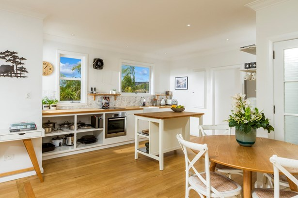 16 View Road, Campbells Bay, Auckland - NZL (photo 4)